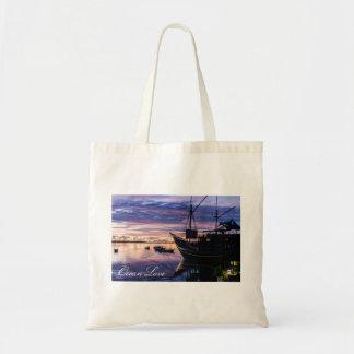 Tote Bag Le bateau à la lagune