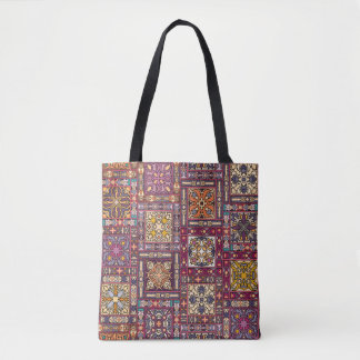 Tote Bag Patchwork vintage avec les éléments floraux de
