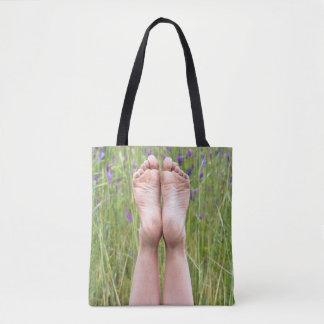 Tote Bag pieds nus dans les fleurs sauvages