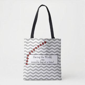 """Tote Bag """"Sauvant le monde… Chevron gris, coccinelle rouge"""