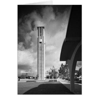 Tour de Bell avec les voûtes au bâtiment de la Carte De Vœux