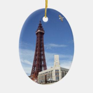 Tour de Blackpool Ornement Ovale En Céramique