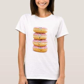 tour de T-shirt rose de caractères de beignet