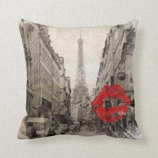 Tour Eiffel chic minable de Paris de baiser rouge Coussin