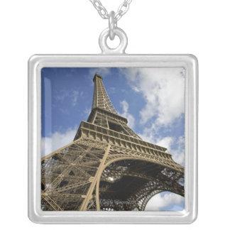 Tour Eiffel d'angle faible Collier