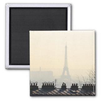 Tour Eiffel de Paris France un jour brumeux Magnet Carré