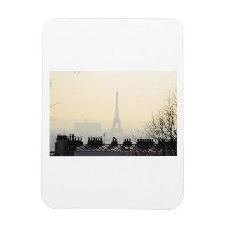 Tour Eiffel de Paris France un jour brumeux Magnet Rectangulaire Avec Photo
