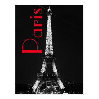 Tour Eiffel rouge blanc noir dans la nuit de Paris Cartes Postales