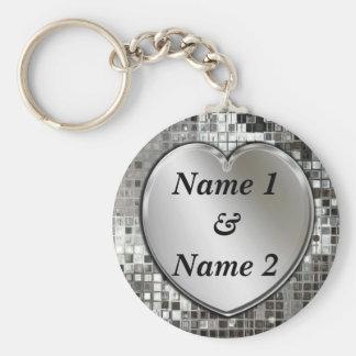 Tous noms sur le porte - clé argenté de coeur porte-clé rond