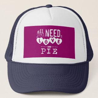 Tout que vous avez besoin est amour et tarte casquette