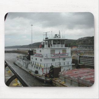 Towboats sur le Mississippi Tapis De Souris