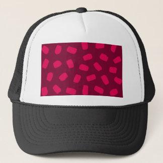 Traçages rouges casquette