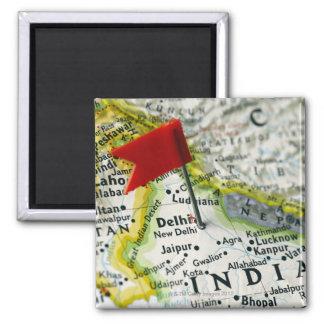 Tracez la goupille placée à New Delhi, Inde sur la Magnet Carré