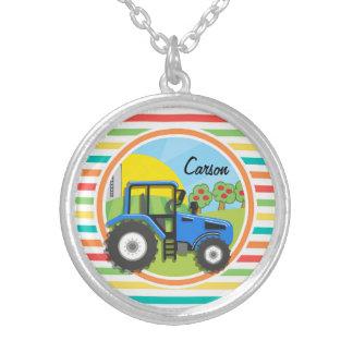 Tracteur bleu Rayures lumineuses d arc-en-ciel Pendentif