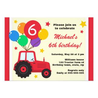 Tracteur de ferme avec la partie d'anniversaire de