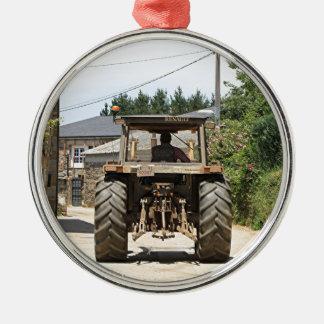 Tracteur gris sur l'EL Camino, Espagne Ornement Rond Argenté