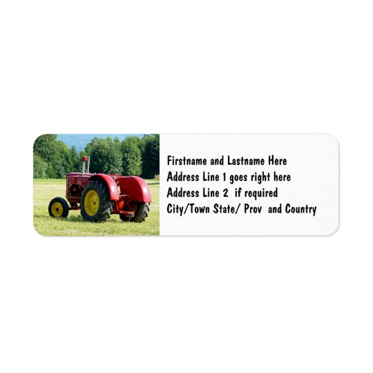 Tracteur rouge antique de ferme étiquettes d'adresse retour