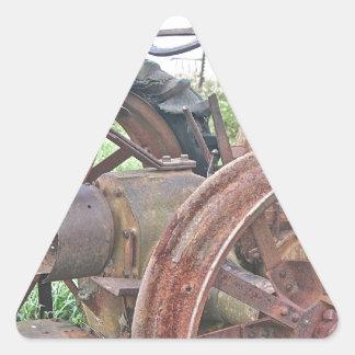 Tracteur rouillé sticker triangulaire