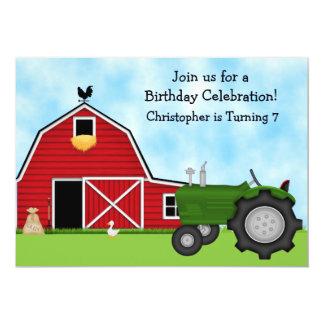 Tracteur vert et anniversaire rouge de garçons de carton d'invitation  12,7 cm x 17,78 cm