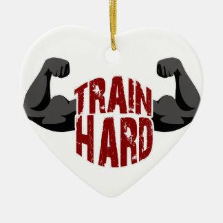 Train dur ornement cœur en céramique
