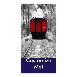Train rouge démodé de vapeur modèle pour photocarte