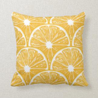Tranches oranges, conception de motif de fruit coussin décoratif