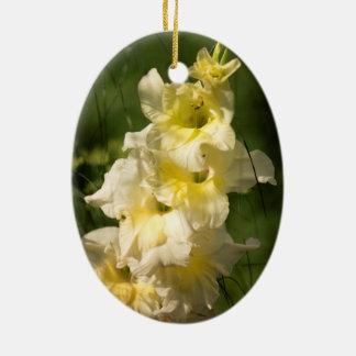 Transitoire jaune de fleur de glaïeul ornement ovale en céramique