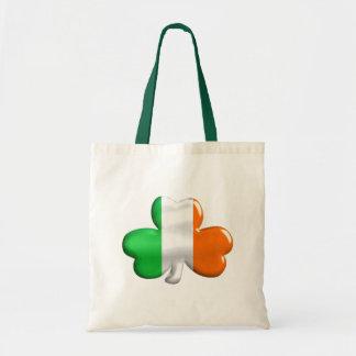 Trèfle irlandais de drapeau sacs fourre-tout