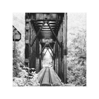 Treillis rural noir et blanc de train sur la toile toiles