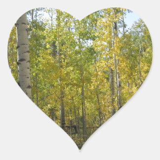 Trembles en automne sticker cœur