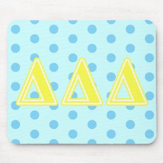 Tri lettres de jaune de delta tapis de souris