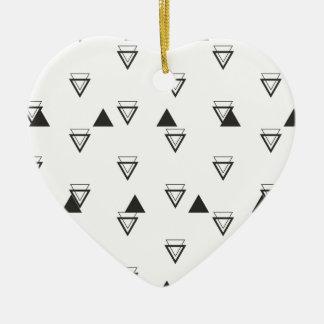 triangle ornement cœur en céramique
