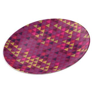 Triangles géométriques de couleur assiette en porcelaine
