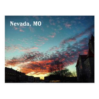 Tribunal et carte postale de coucher du soleil