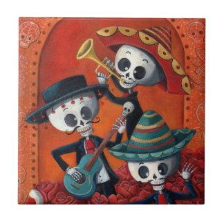 Trio de mariachi de Dia de Los Muertos Skeleton Petit Carreau Carré