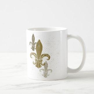 Trois Fleur De Lis Mug