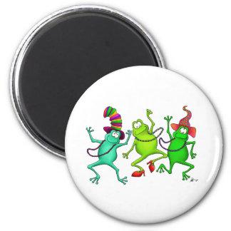 Trois grenouilles de danse magnets pour réfrigérateur