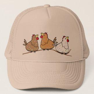 Trois poulets sur un Branche - casquette de