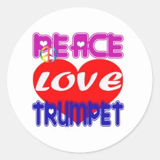 Trompette d'amour de paix autocollant rond