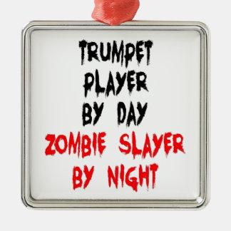 Trompettiste de tueur de zombi ornement carré argenté