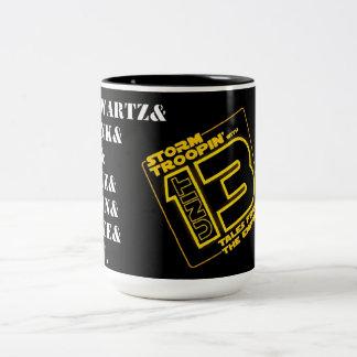 Troopin avec l'unité 13 mug bicolore