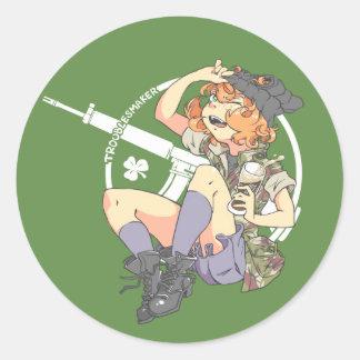 Troublesmaker BG foncée (Armalite) Sticker Rond
