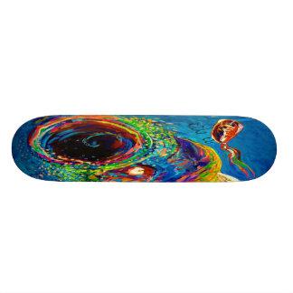 Truite arc-en-ciel chassant un attrait skateboards personnalisés