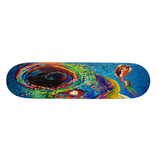 Truite arc-en-ciel chassant un attrait skateboard customisable