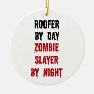 Tueur de zombi de Roofer Ornement Rond En Céramique