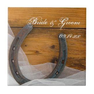 Tuile de fer à cheval et de mariage campagnard de petit carreau carré