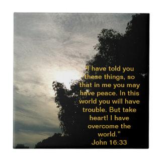 Tuile de vers de bible : Jésus a surmonté le monde Petit Carreau Carré