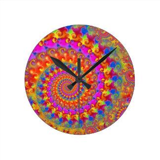 Turquoise et jaune de rose de motif de fractale de horloge ronde
