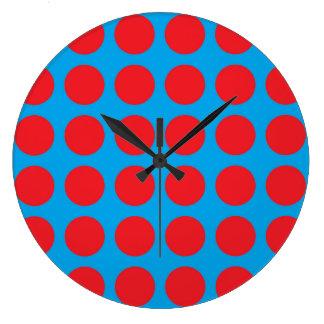 Turquoise rouge de pois grande horloge ronde