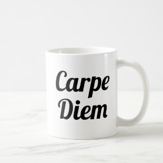 Typo manuscrit de la tasse | de slogan de Carpe